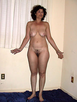 porn pictures of old womans hairy pussy