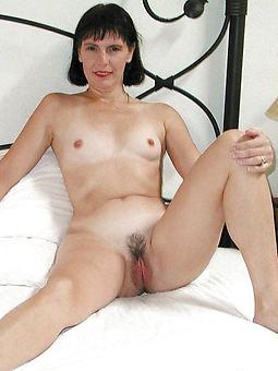 small tits hairy amature porn pics