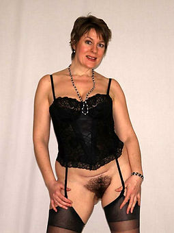 lady prudish pics