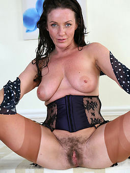 queasy pussy lady hot porn show