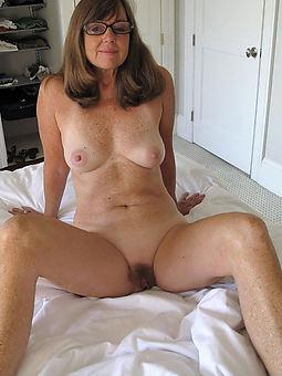 prudish ladies porn pic