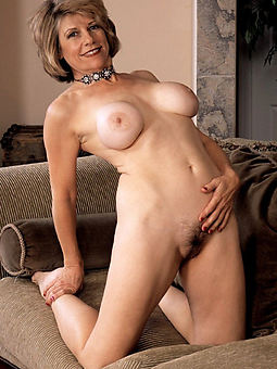 very hairy lady sex pictures