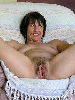 biggest hairy pussy pics