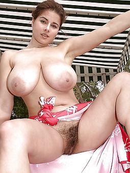 wild hairy hot mom