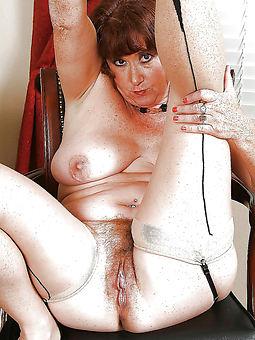 prudish lady pic