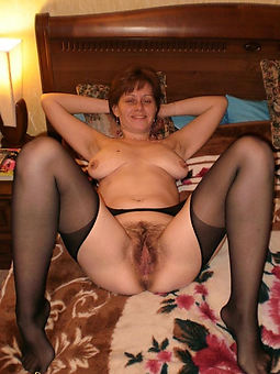 mature gradual women naked