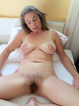 free matured hairy stripping