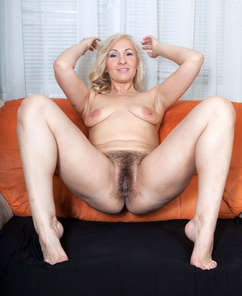 hairy blonde pussy amature porn
