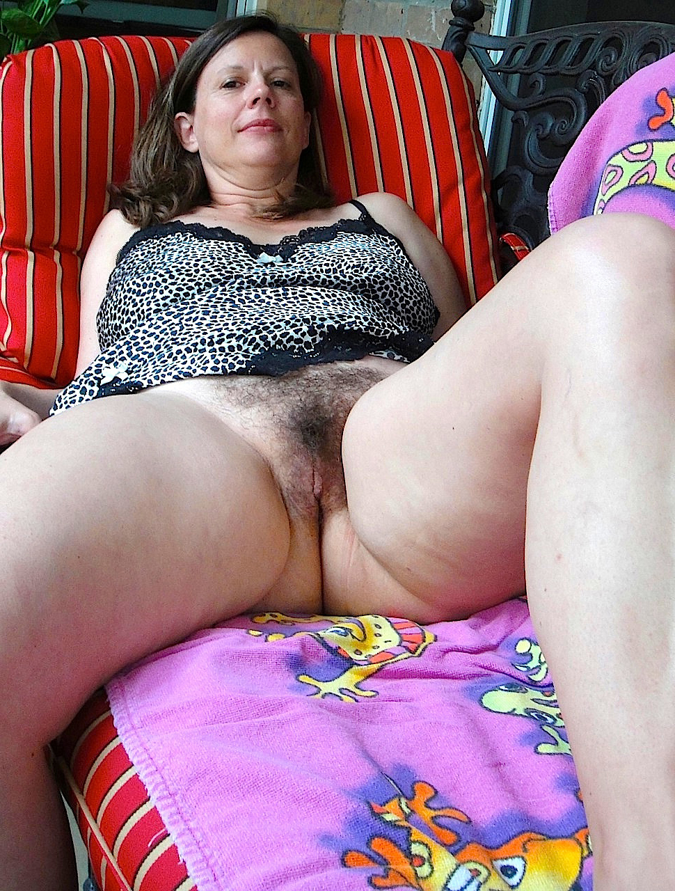 hairy house wife truth or dare pics