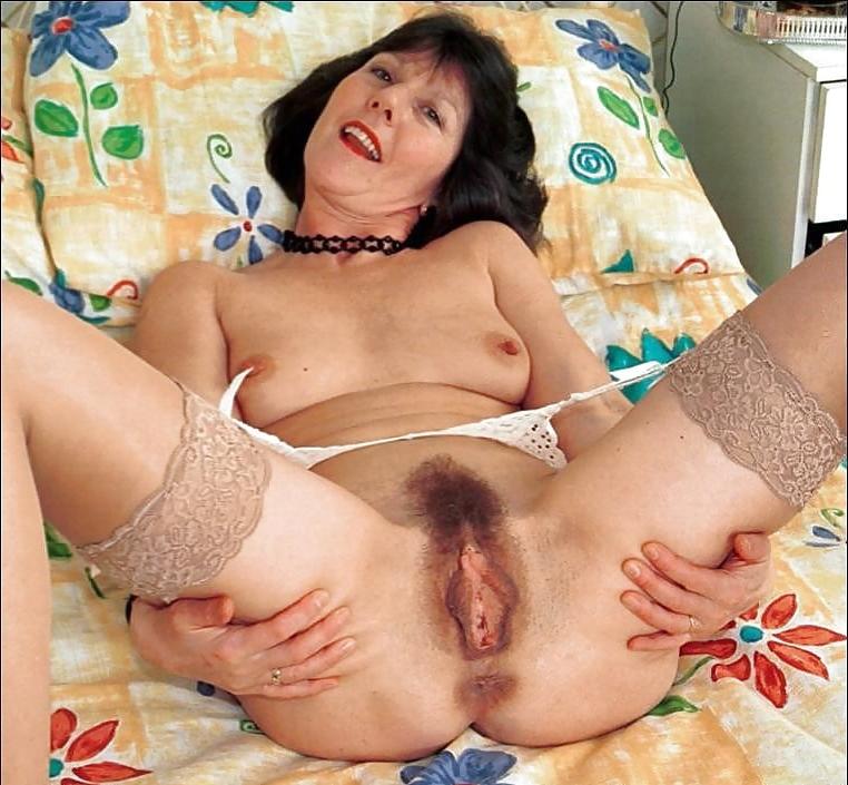 hairy housewifes amateur porn pics